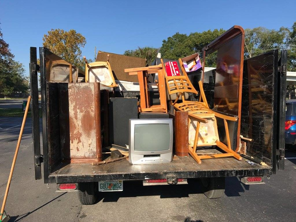 Contact Us-McAllen Dumpster Rental & Junk Removal Services-We Offer Residential and Commercial Dumpster Removal Services, Portable Toilet Services, Dumpster Rentals, Bulk Trash, Demolition Removal, Junk Hauling, Rubbish Removal, Waste Containers, Debris Removal, 20 & 30 Yard Container Rentals, and much more!